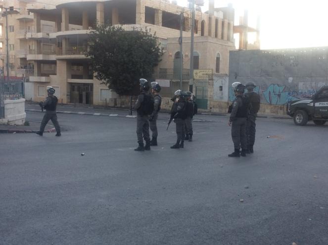 Schwer bewaffnete Soldaten in Bethlehem